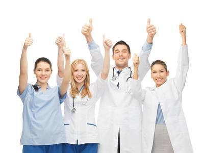 成都看白癜风医院讲解:寻常型白斑病如何治疗